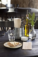 Natural_napkin_tablesetting_original.jpg