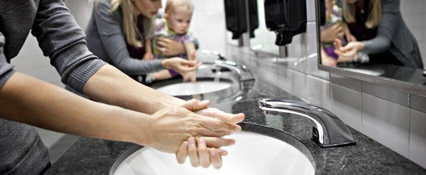 Washing-hands_420701_orginal.jpg