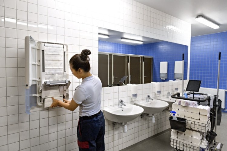 Tork Peakserve more flexibility for cleaning staff